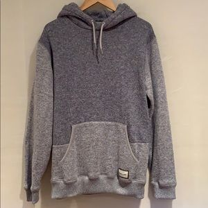 Quicksilver- Hoodie- sweater type-Large